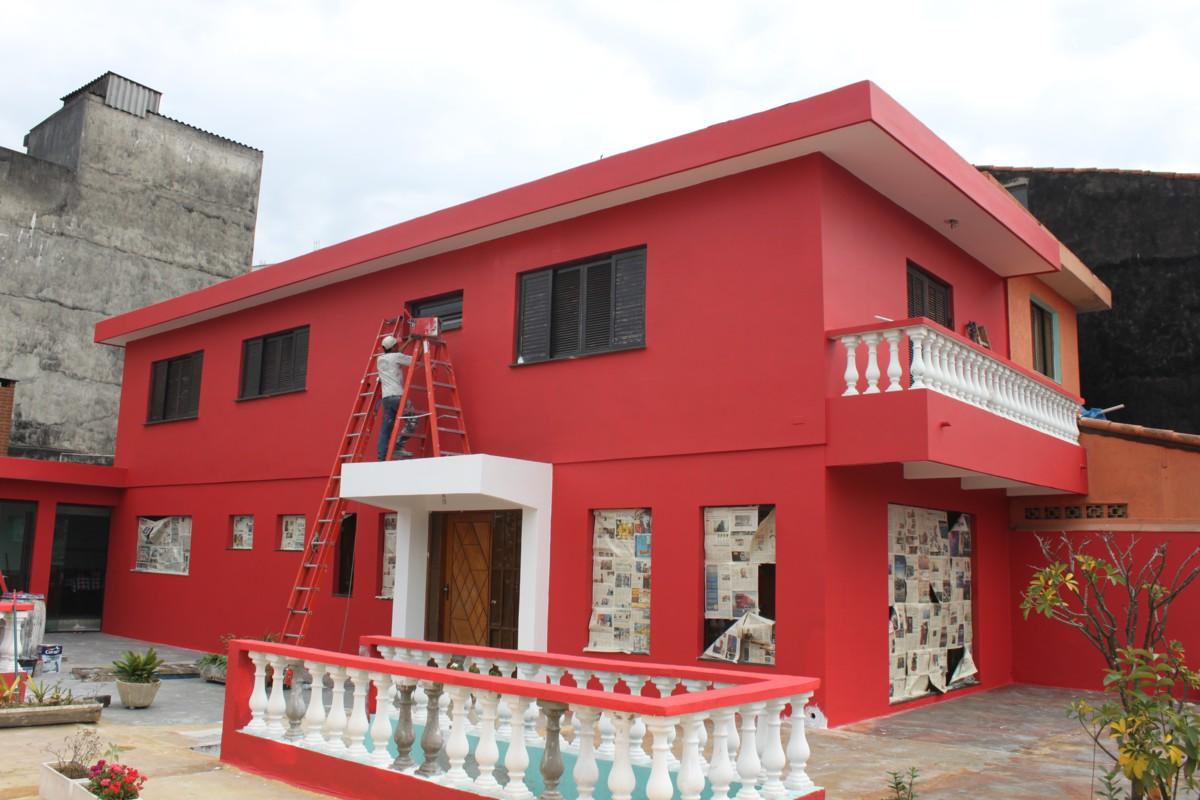 Pinturas de fachadas de casas awesome eleccin de la - Pintura casa moderna ...